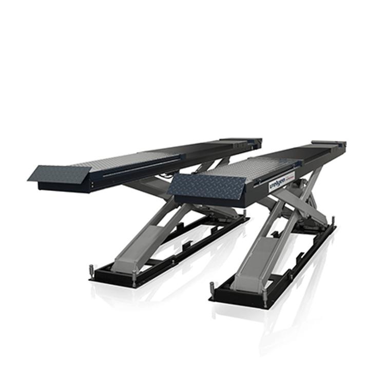 4EE0700H - High Raise Scissor Lift